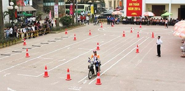 thi bằng lái xe máy a1, a2