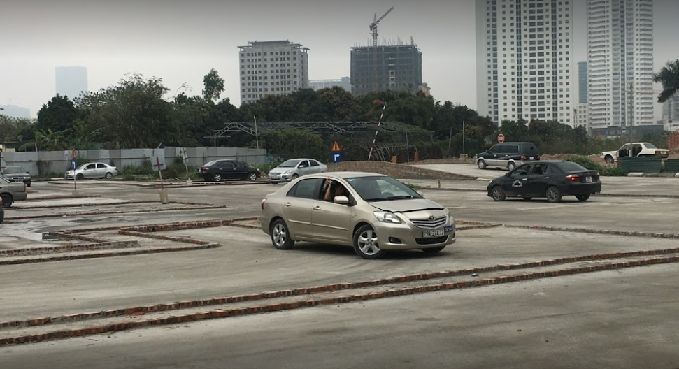 Sân tập lái xe Võ Chí Công